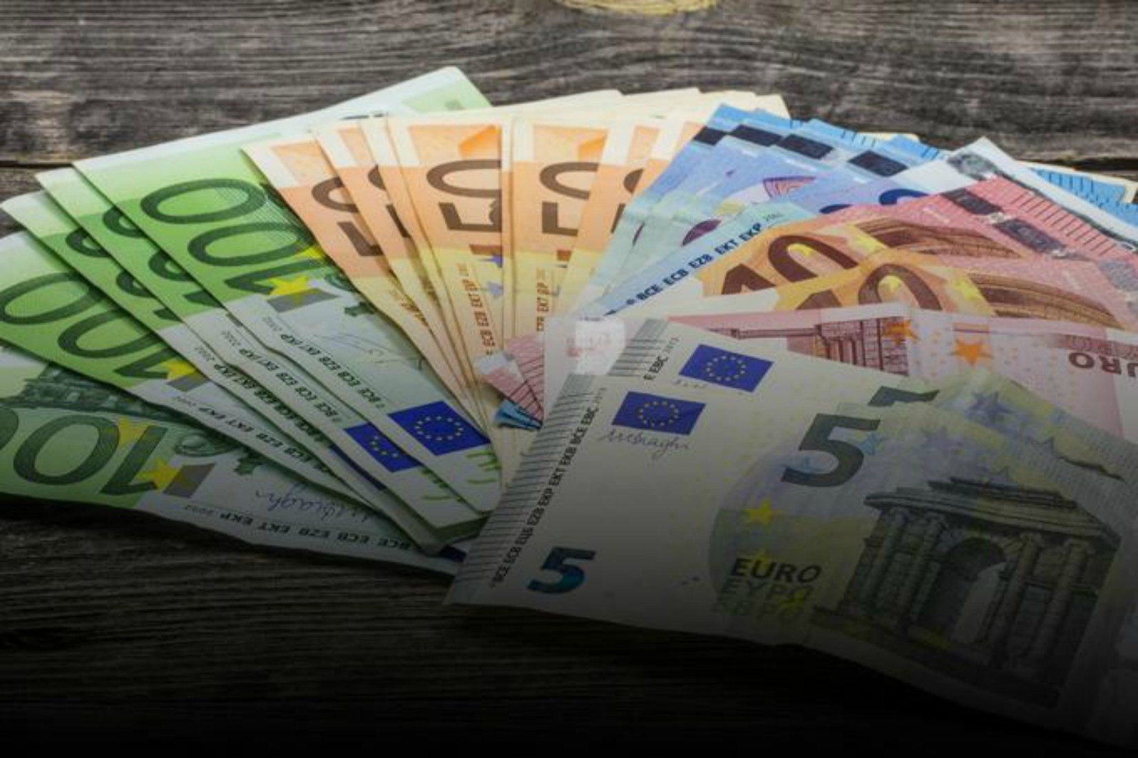Kam bo šlo več kot 2 milijona slovenskega davkoplačevalskega denarja?