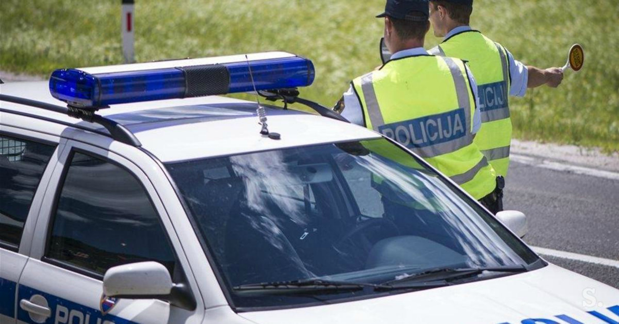 Policija je v zadnjih 24 urah ukrepala v …