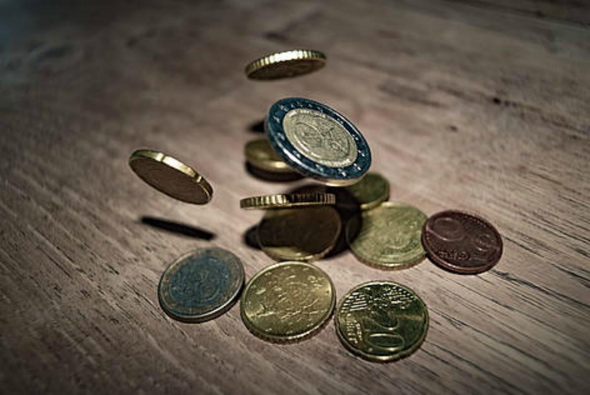 Izplačilo socialnih transferjev APRIL
