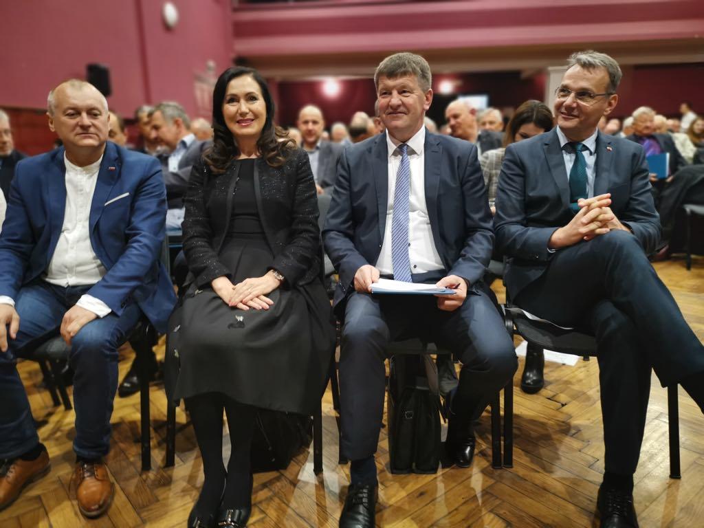 SLS gre na Evropske volitve z jasnim programom, prav tako SDS in NSi
