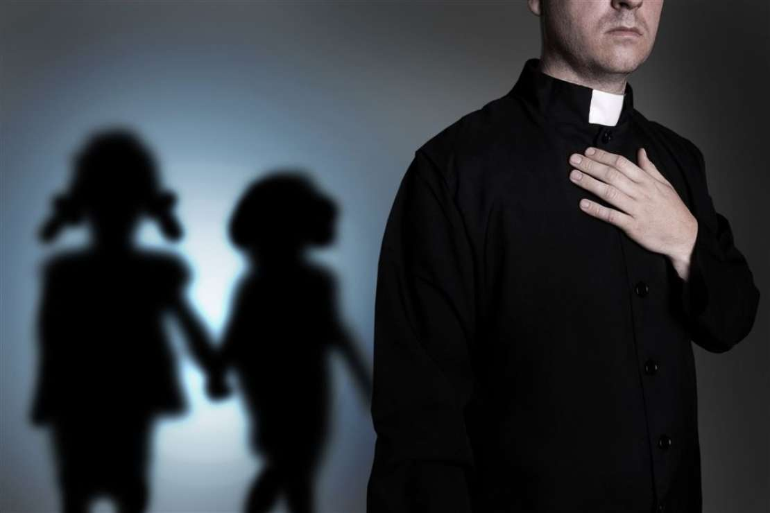 Spolnost duhovnikov v luči Cerkvenega prava