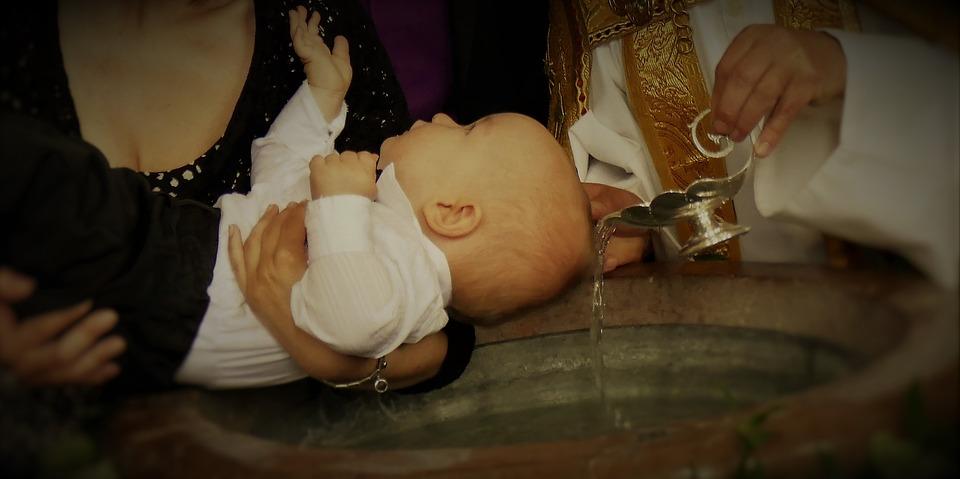 Krst, birma, evharistija ali krst, evharistija, birma?