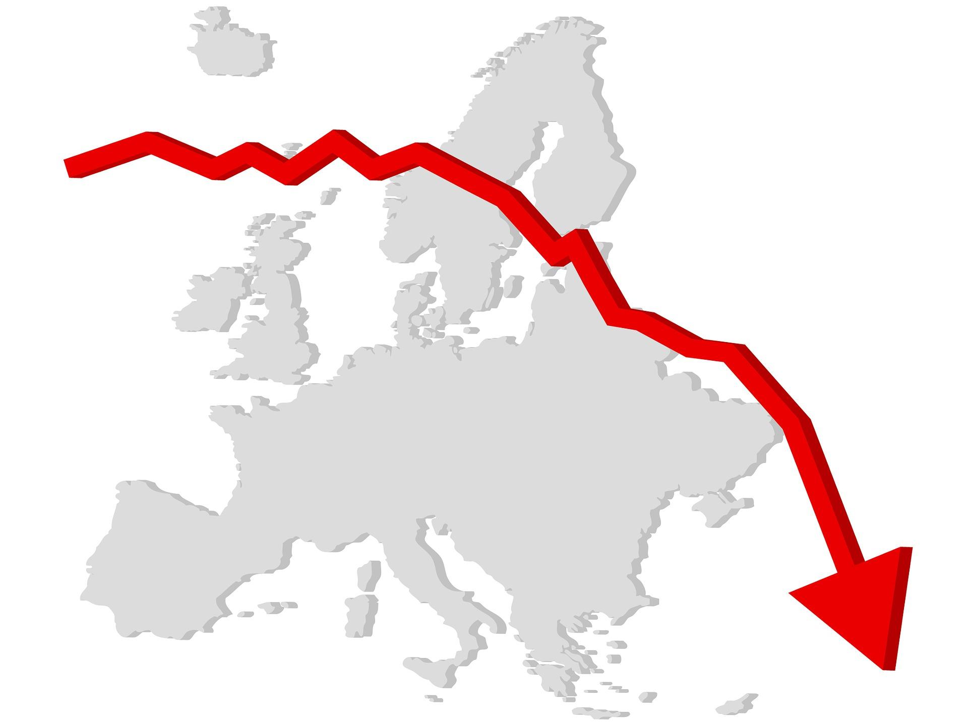 Vse večja tveganja za svetovno recesijo  – centralne banke niso pripravljene