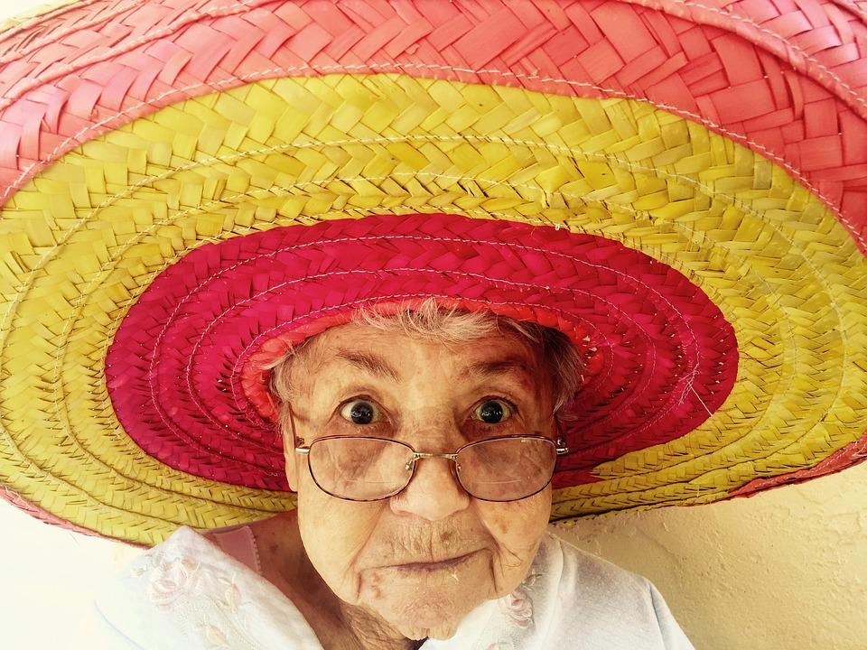 Šala dneva: Pametna babica