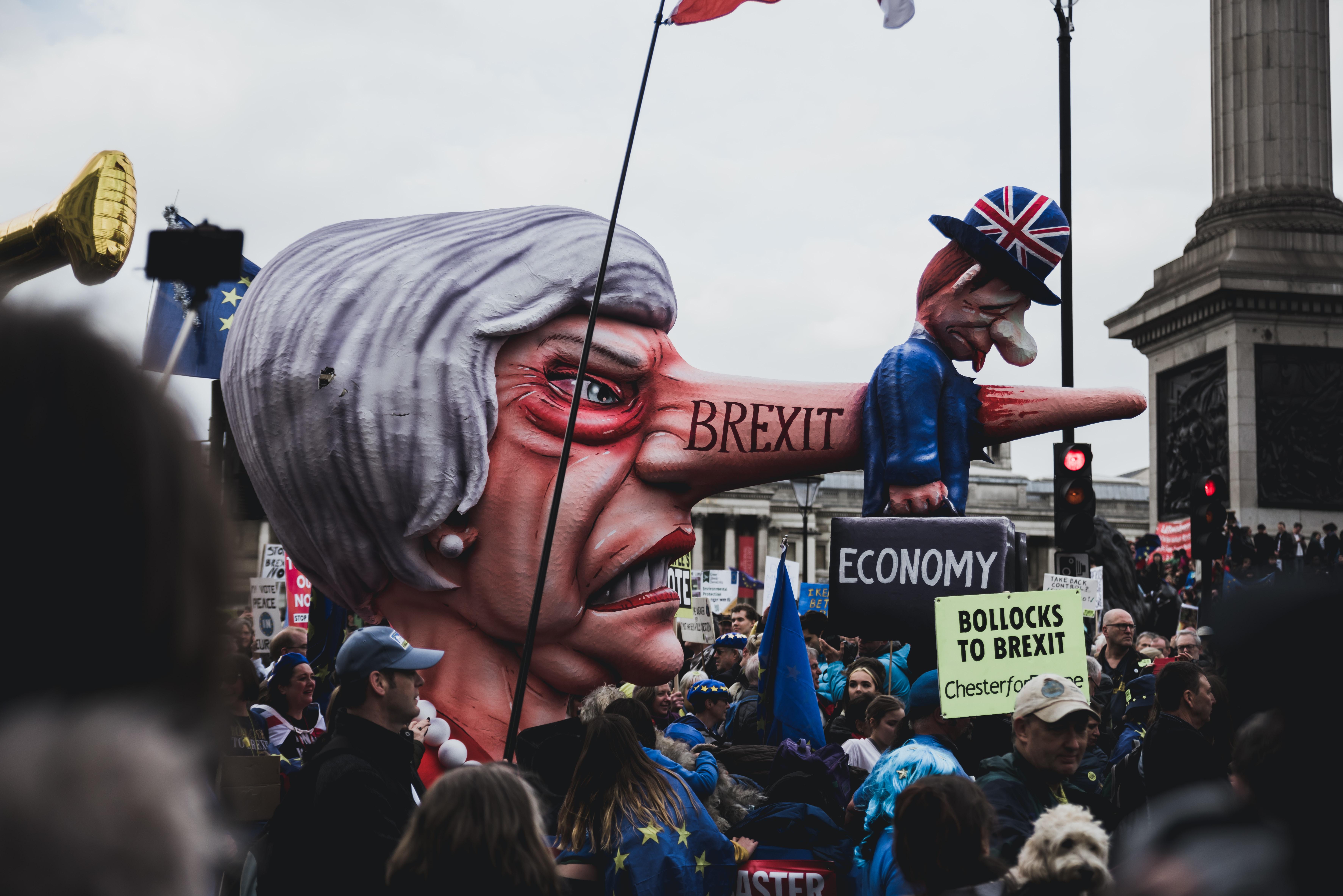 Kako brexit postaja katastrofa – 14,3 milijona ljudi v revščini