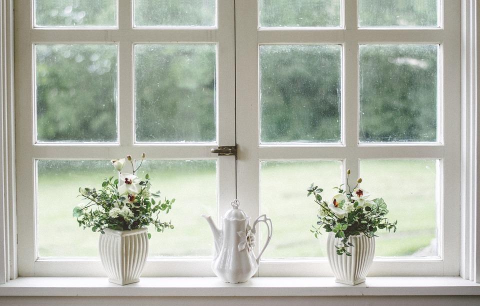 Šala dneva: Blondinka in okna