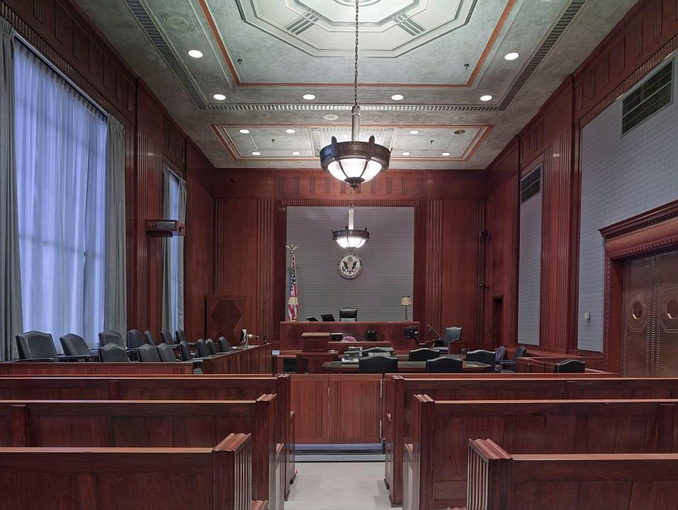 Šala dneva: V sodni dvorani