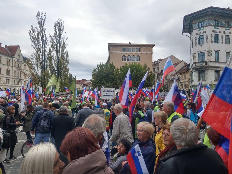 [EKSKLUZIVNO] Vseslovenski protest Rešimo Slovenijo iz minute v minuto