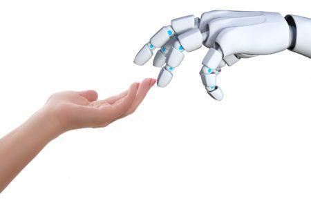 Bi za šefa imeli robota? 64 odstotkov zaposlenih pravi da ja!