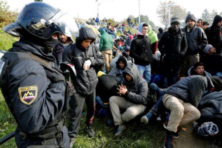 Smo ksenofobi ali je strah pred migranti upravičen