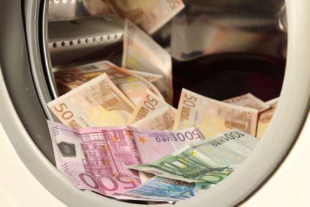 Korupcija je danes že skoraj povsod tudi v Sloveniji