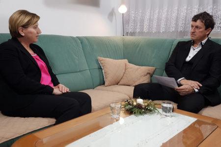 Ljudmila Novak: evropski poslanci iz Slovenije nismo razklani, prav pa je, da imamo različna stališča.