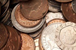 Denarna socialna pomoč za brezposelne – kaj je dobro vedeti?