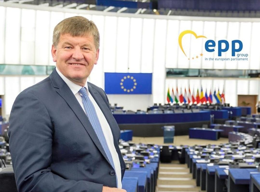 Franc Bogovič: DEMOGRAFSKA GIBANJA IN SPREMEMBE – stanje v EU in njenih državah članicah