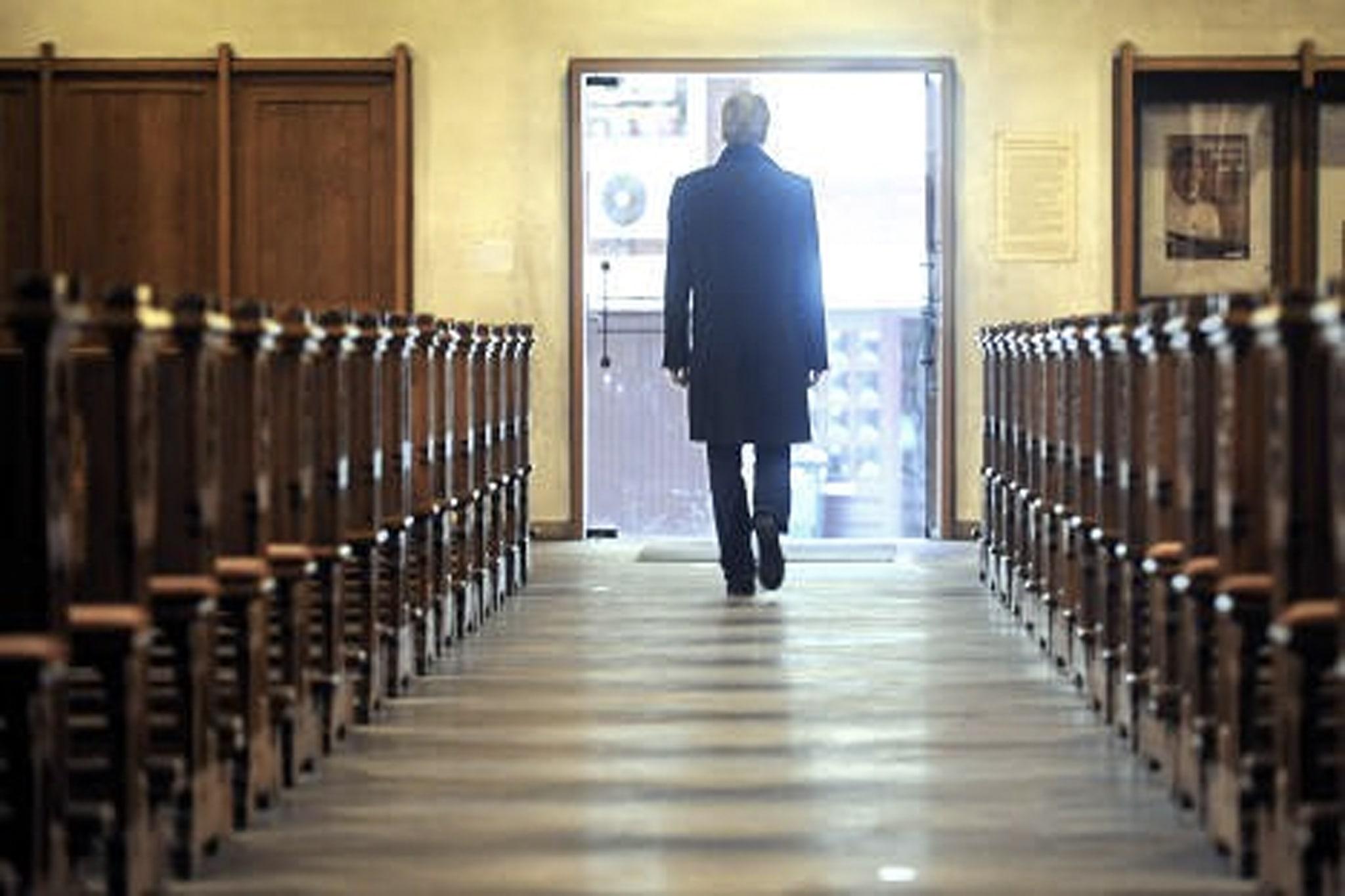 Ali je možno izstopiti iz Cerkve?