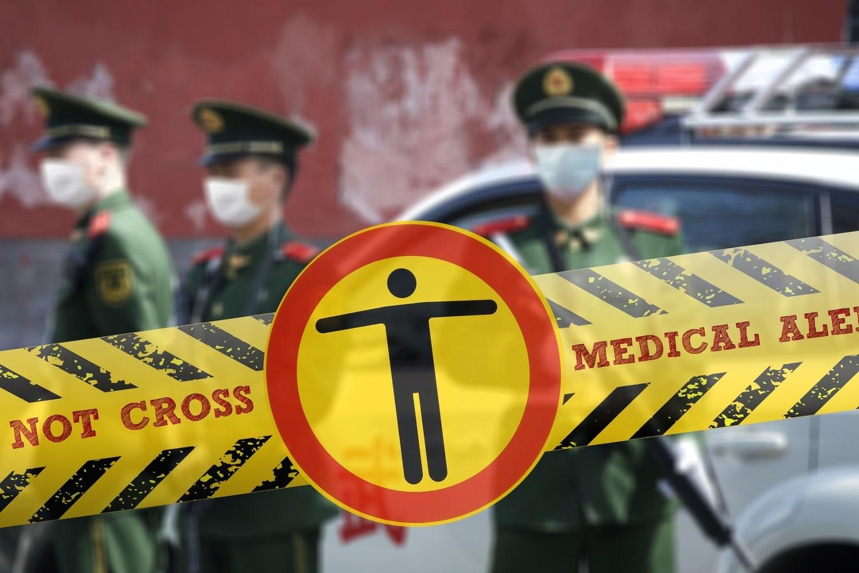 Policisti in cariniki brez ustrezne zaščite
