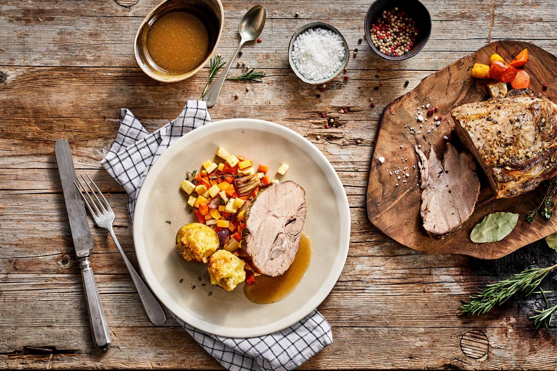 Iz domače kuhinje: Tradicionalno nedeljsko slovensko kosilo