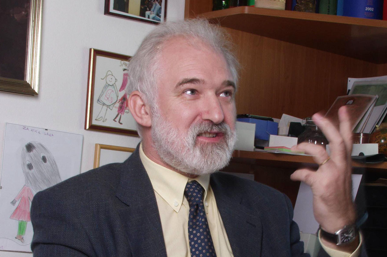 Dr. Peter Raspor: Pandemija je globalizacija mikrobov