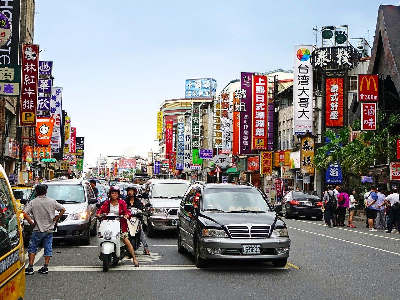 Koronavirus: teh ukrepov so se poslužila kitajska podjetja