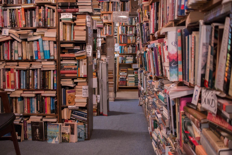 Danes praznujejo vse knjige