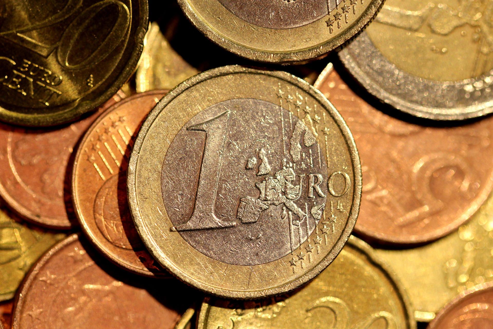 Izplačilo socialnih transferjev: MAJ 2020