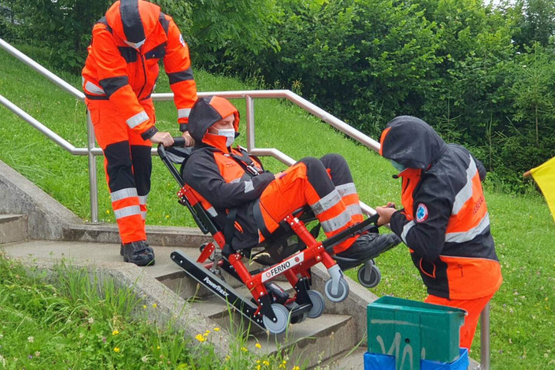 ZD Litija je bogatejši za invalidskega stopniščnega vzpenjalca – goseničarja