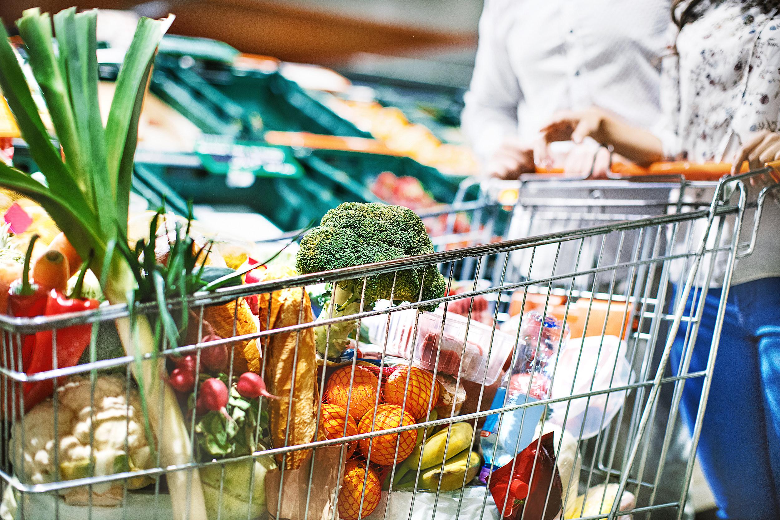 Veganstvo in vegetarijanstvo: pregrešno drago ali poceni?