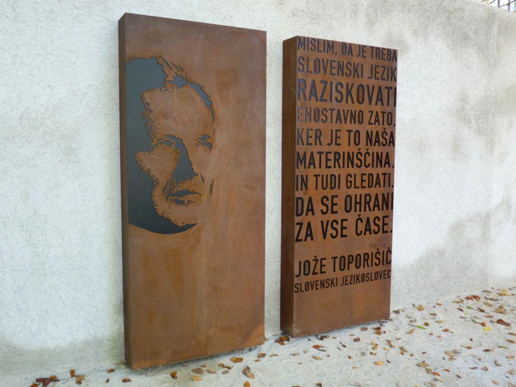 Toporišič je za slovenski jezik postavil nove temelje.
