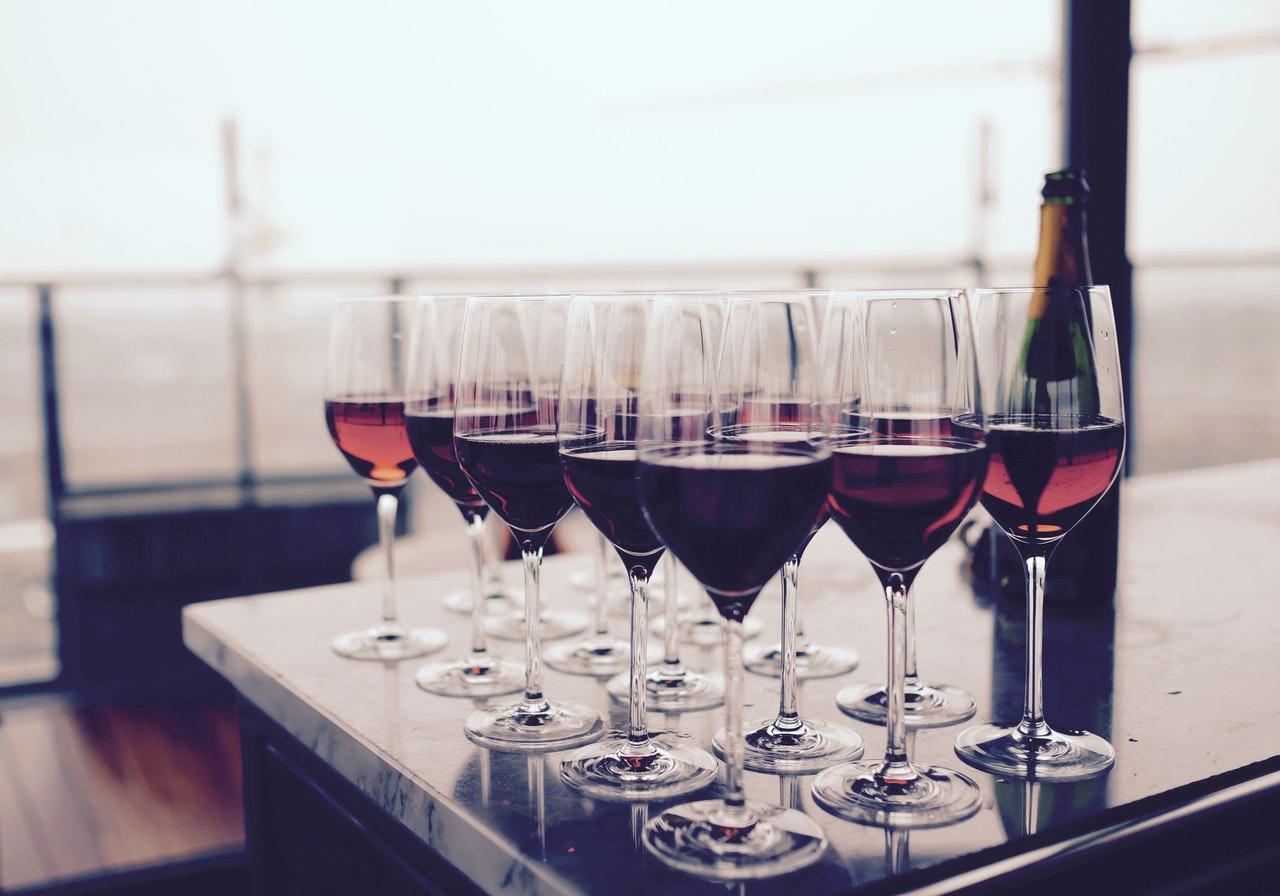 Namenite zimske počitnice za degustacijo vin.