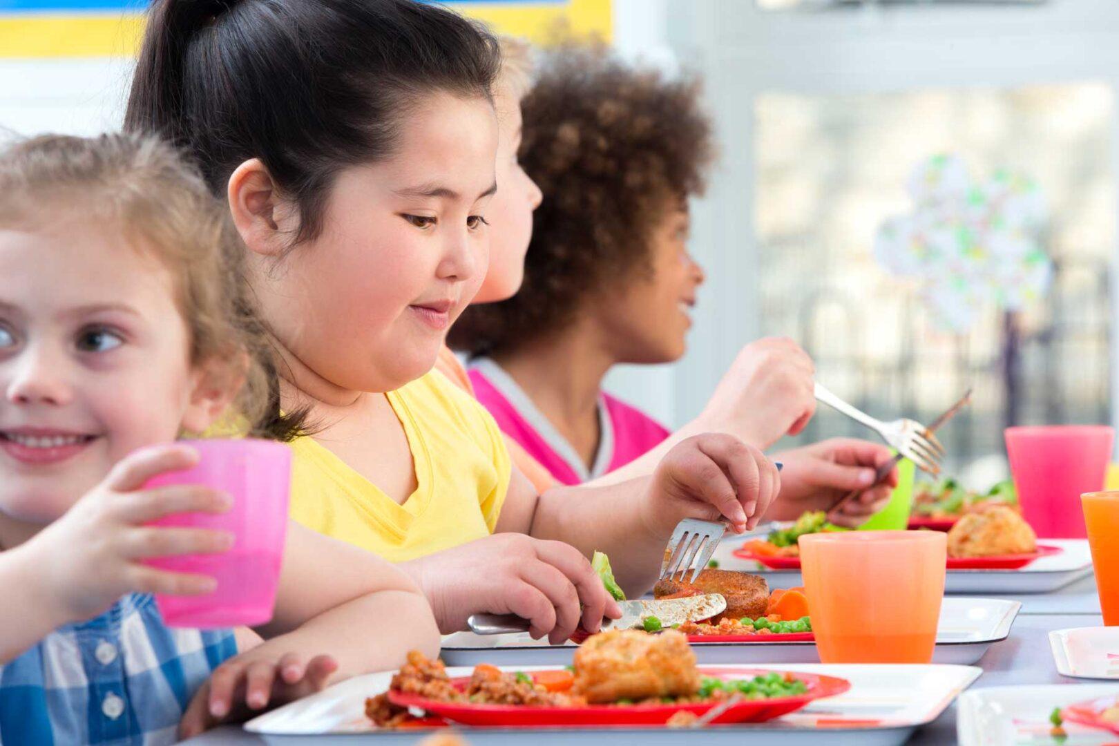 Koronavirus je kriv, da so otroci pretežki in premalo gibčni.