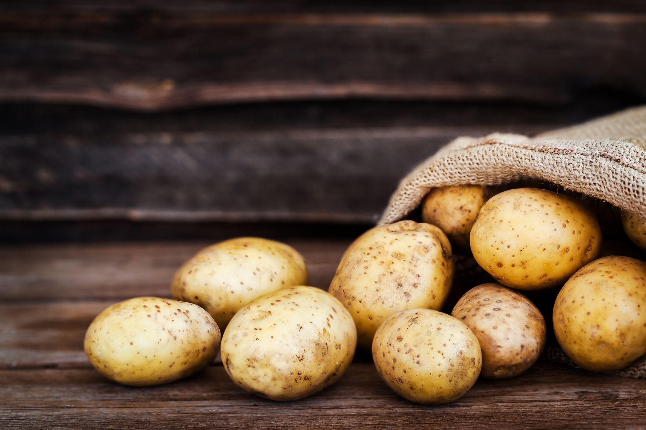 Iz domače kuhinje: krompir na pet zdravih načinov