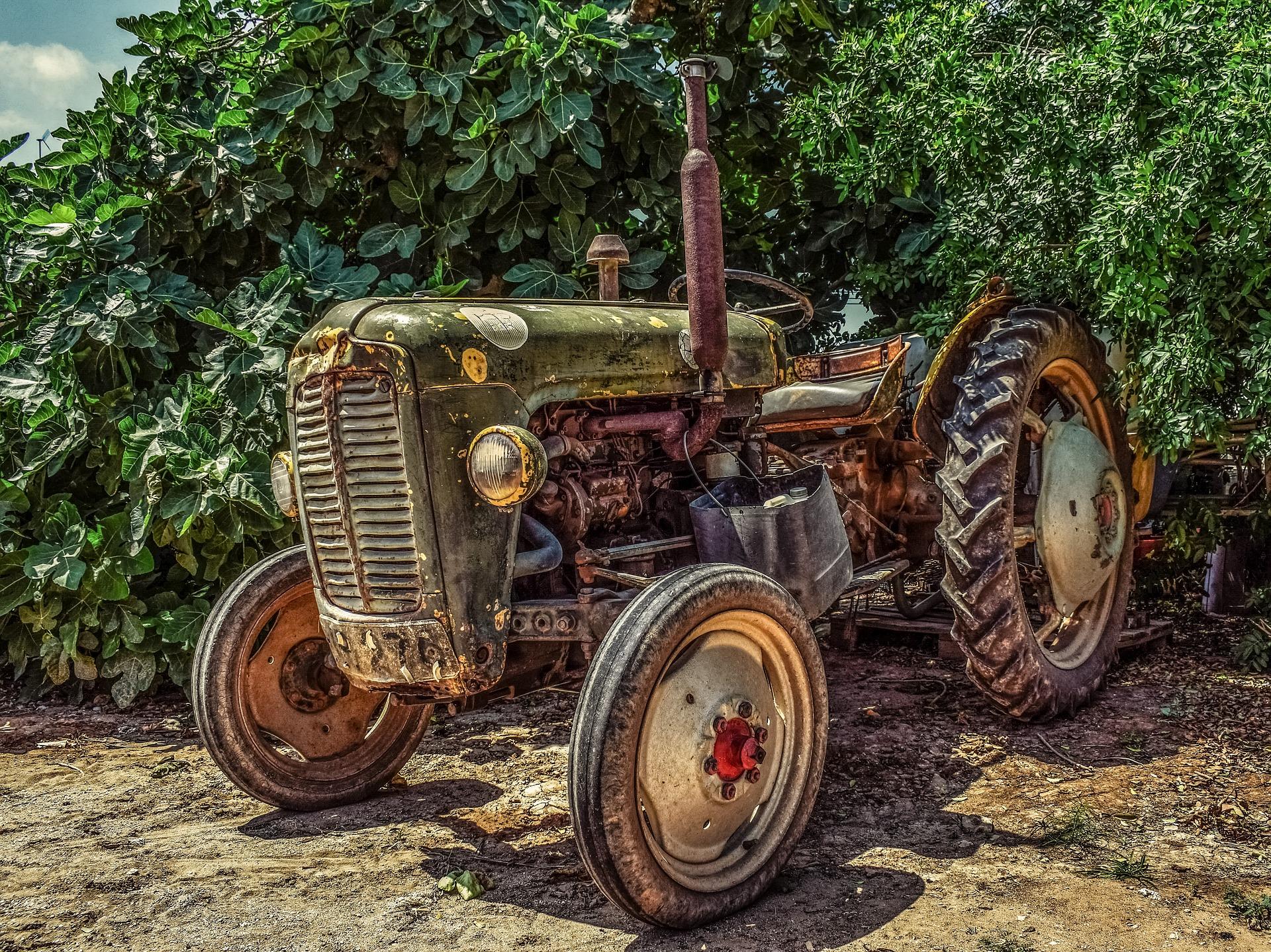 »Zakaj mora imeti vsaka bajta na vasi svoj traktor?«