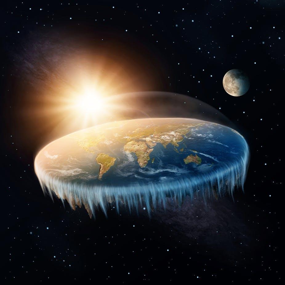 Primer teorije o ploščati zemlji je podobnega izvora, kot večina teorij o covidu-19, ki krožijo med ljudmi in se »prodajajo« kot teorije zarote.