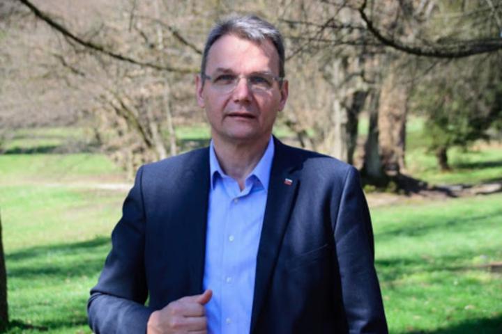 Zbrana podpora zagotavlja Marjanu Podobniku zanesljivo večino na volitvah za predsednika Sveta KGZS