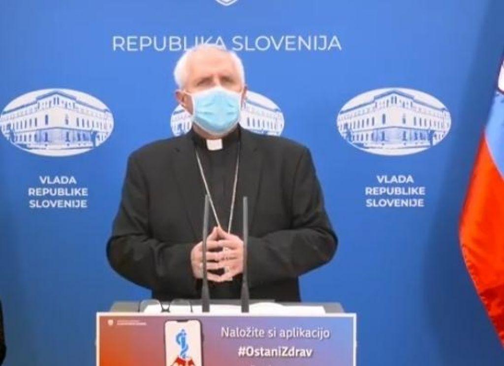 Na novinarski konferencah je bila prevečkrat omenjena Cerkev.  Cerkev in država sta v Sloveniji ločeni.