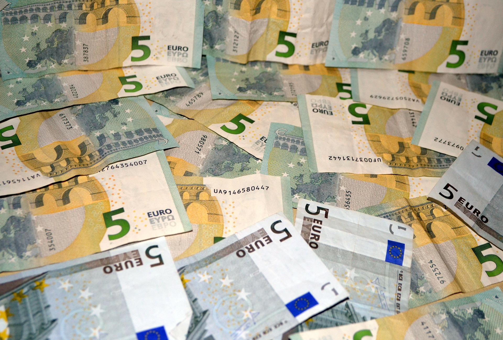 Izplačilo socialnih transferjev: oktober 2020