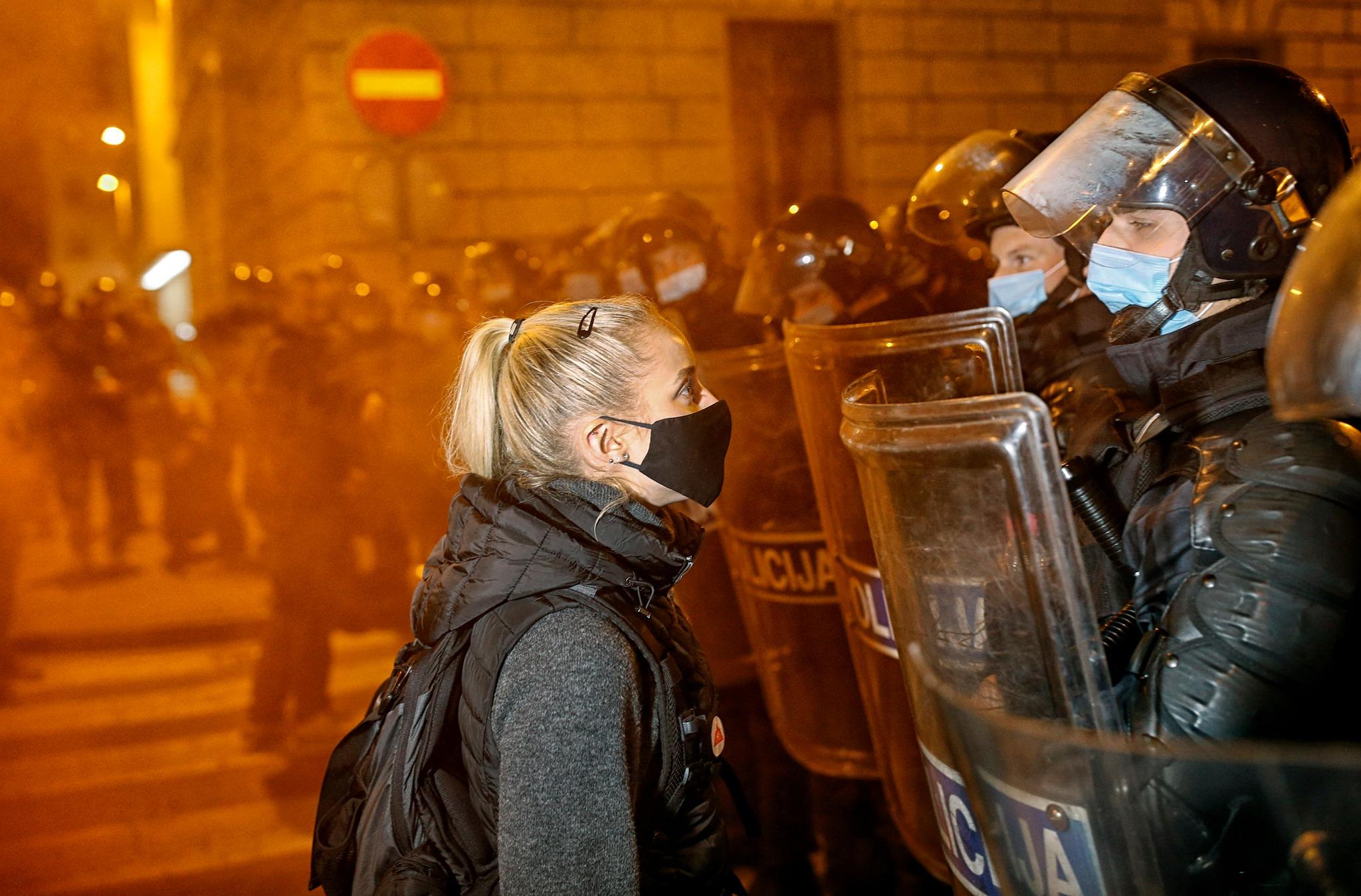 Policija ni bila agresivna do protestnikov
