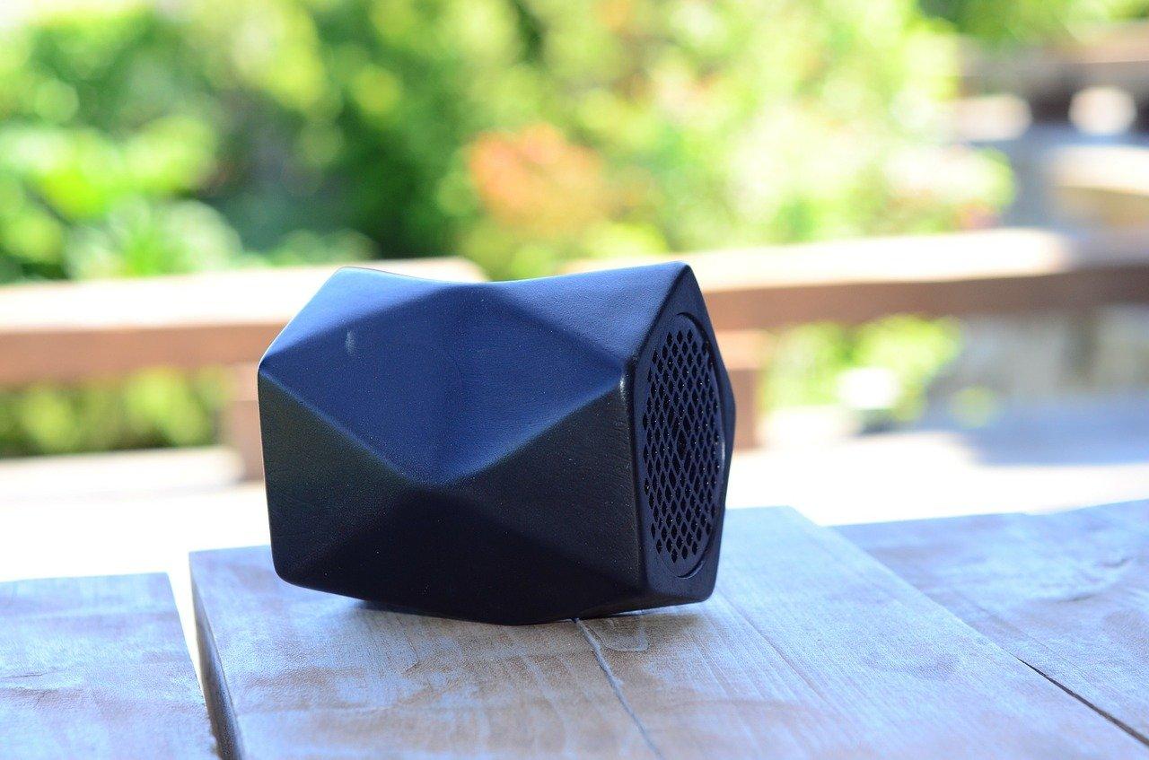 Bluetooth zvočniki so danes zelo ugodni.