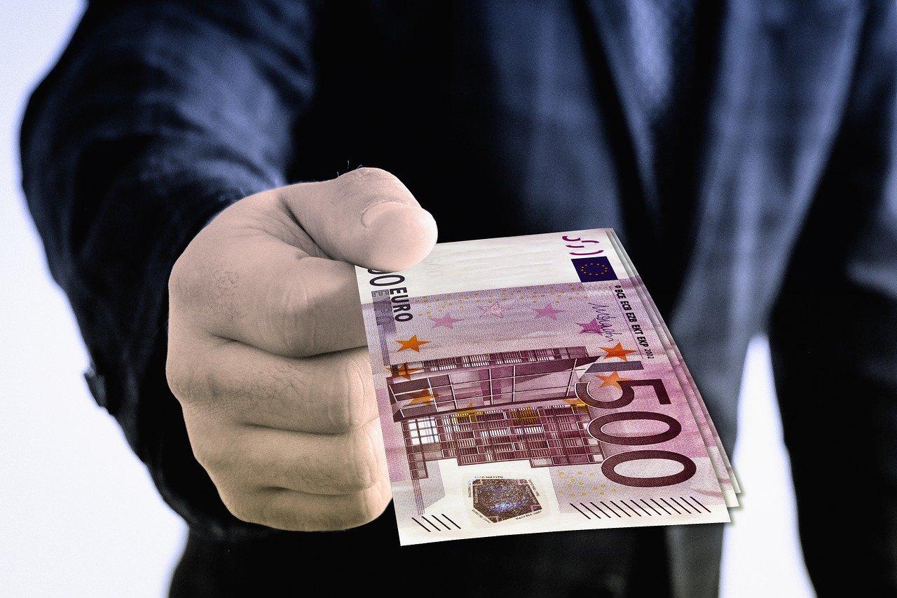 Raziskava: Razširjenost korupcije po državah