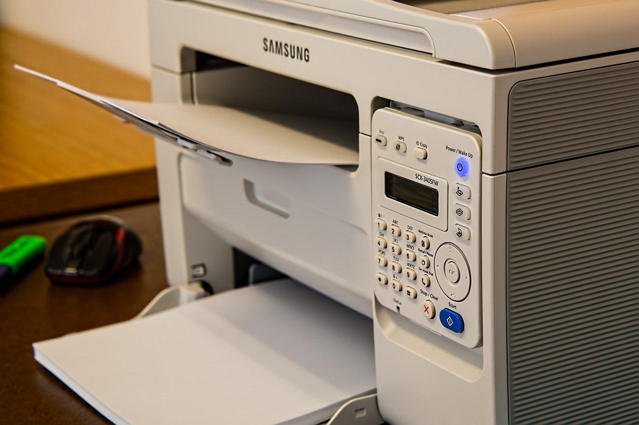 Brizgalni tiskalnik.