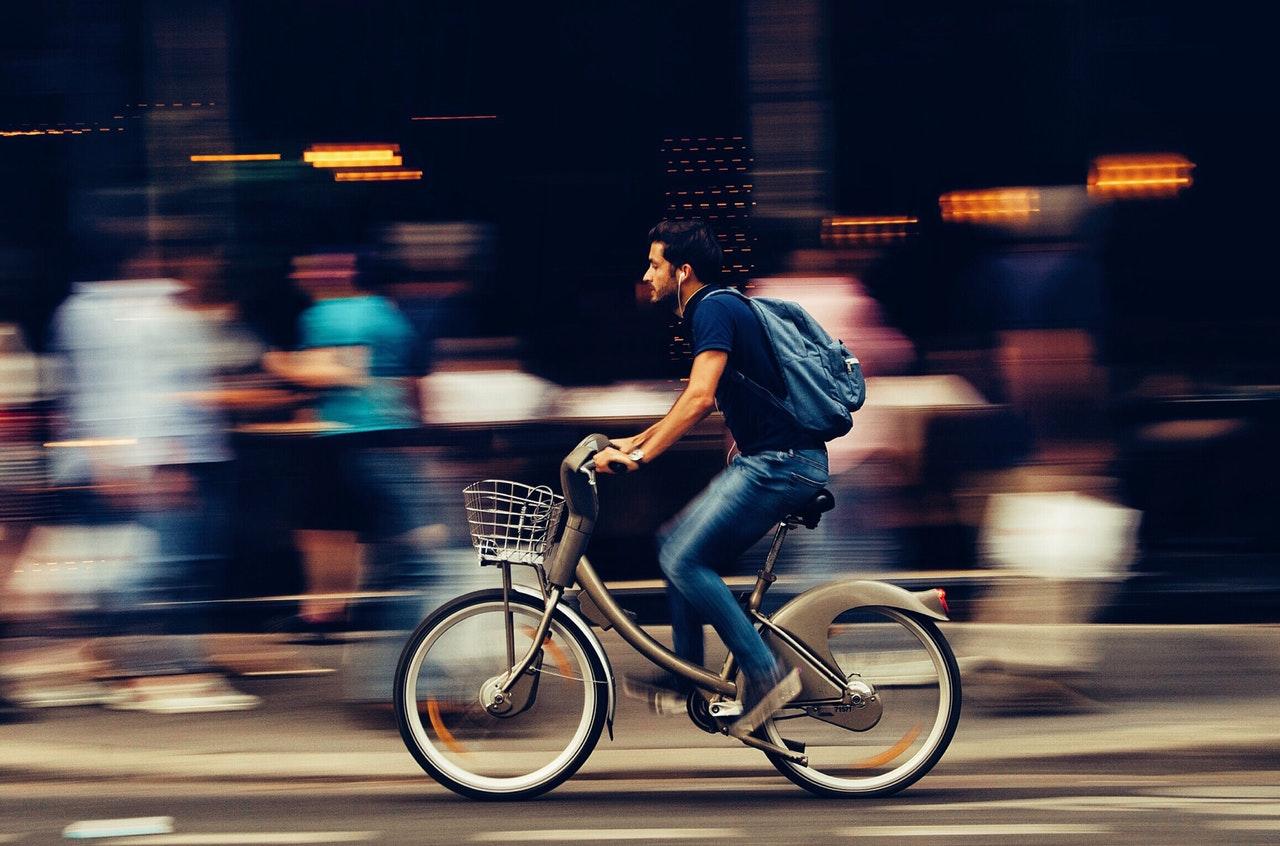 Električno kolo je preprosto in varčno.