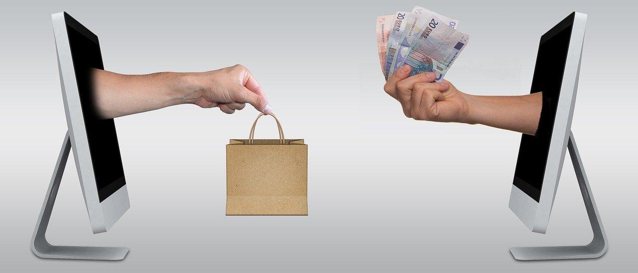Spletna trgovina omogoča pridobivanje rednih strank.