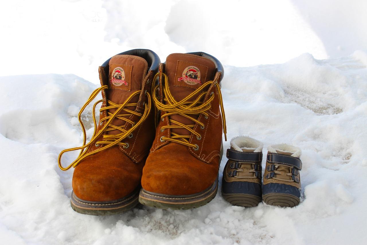 Snežni ali zimski čevlji – katere izbrati?