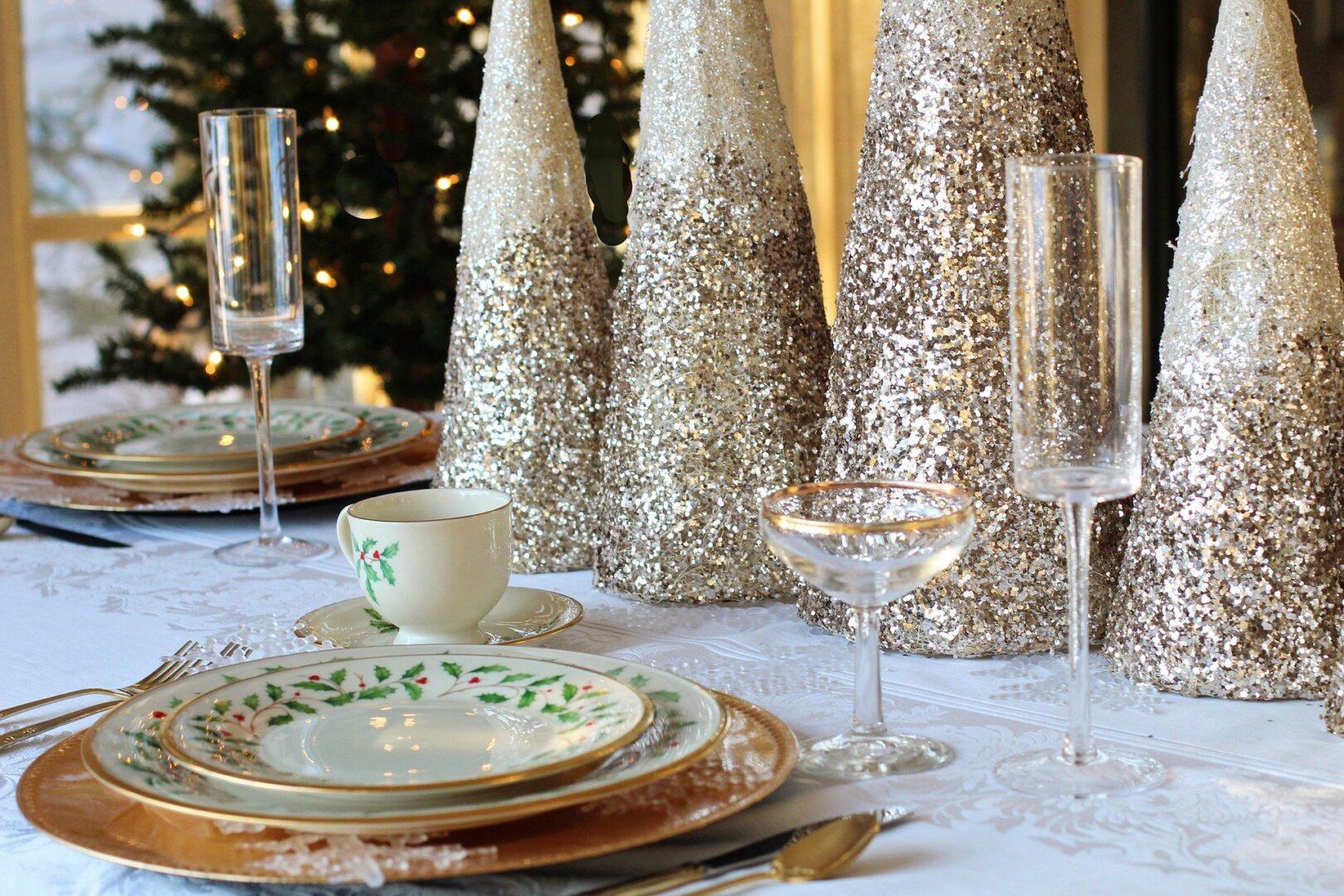 Pri praznovanju božiča in drugih cerkvenih praznikov je bistveno, da je človek usmerjen navzven. Pri tem je drugotnega pomena, v kakšnem krogu se človek nahaja.