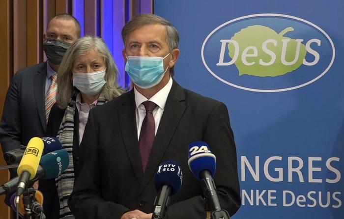 Upam, da kljub izhodu poslancev DeSUSA iz koalicije ter pobesnele in brezvestne norosti levičarskih postkomunistov ta vlada obstane, saj odraža odločnost Slovencev.