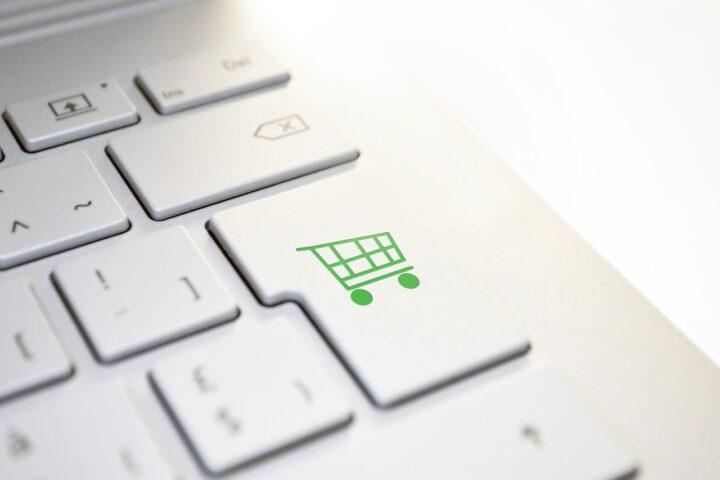 Novo leto, nova pravila: Plačevanje prek spleta se je zostrilo