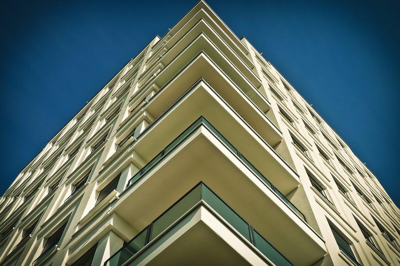Si lahko obetamo več javnih najemnih stanovanj?