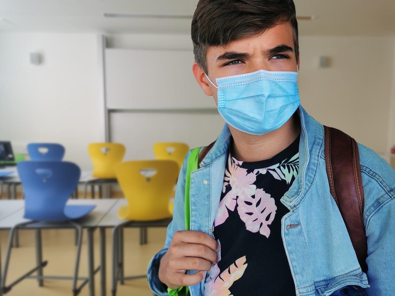 Ko se bodo šole ponovno odprle, brez obraznih zaščitnih mask zagotovo ne bo šlo. Ali si lahko takrat obetamo nove upore? Ali bodo tudi maske sprejete, samo, da so otroci v šoli?