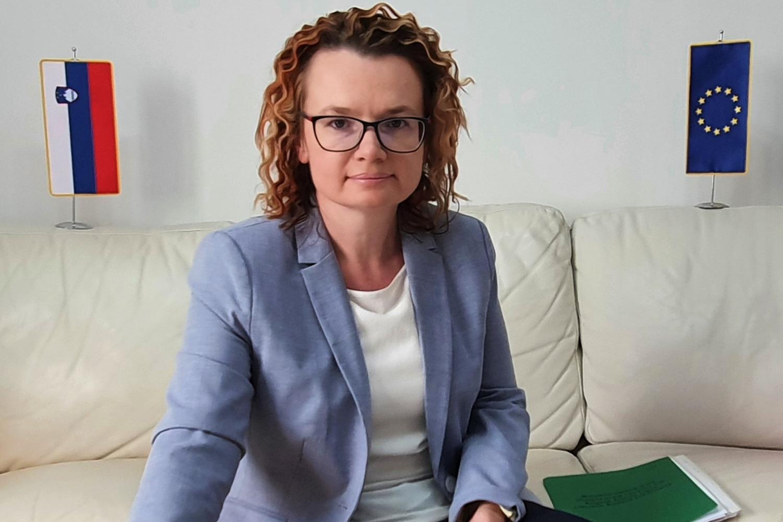 Mag. Monika Kirbiš Rojs: Vpliv demografskih sprememb na načrtovanje in izvajanje razvojnih politik Evropske unije in Slovenije