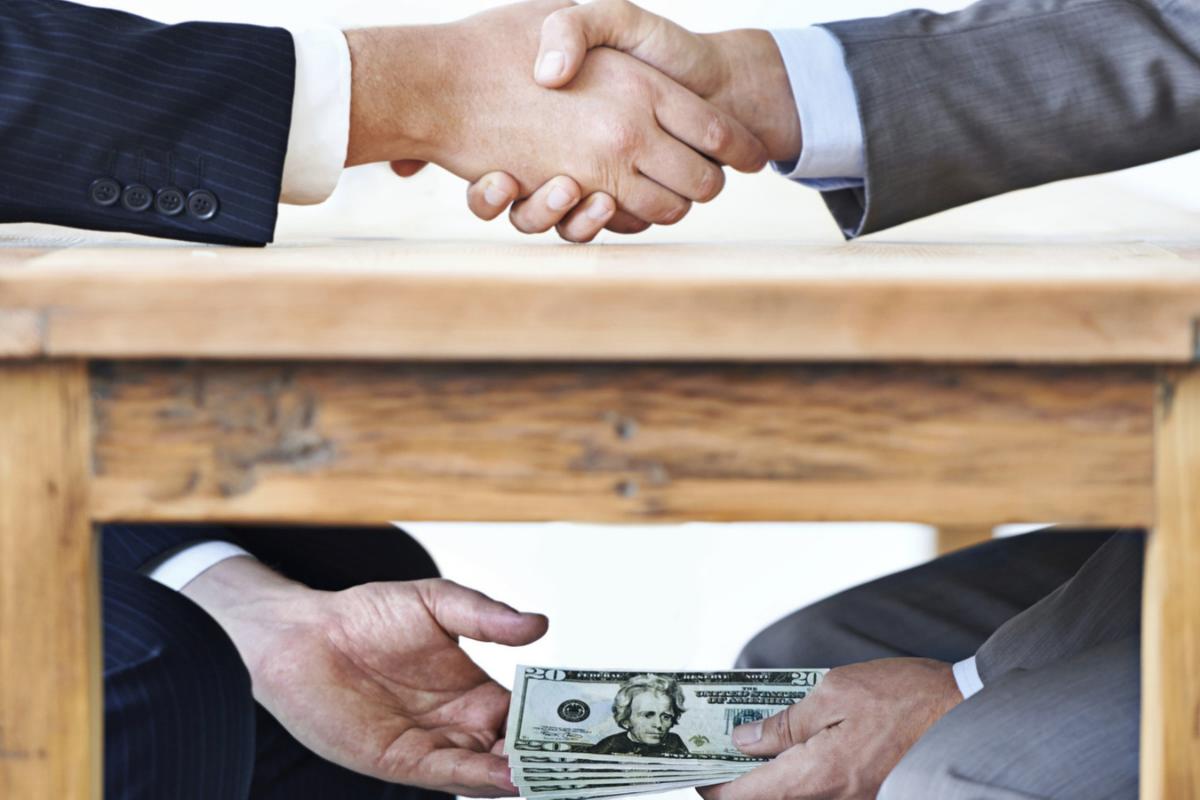 Kakšen pristop do korupcije imamo v Sloveniji?